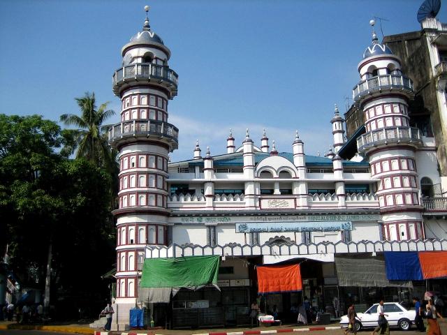 Bengali_Sunni_Jameh_Mosque,_Yangon